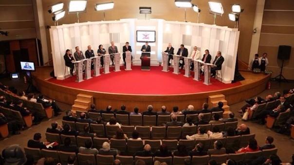 El debate es organizado por el Jurado Nacional de Elecciones (JNE), IDEA Internacional y el Consorcio de Investigación Económica y Social (CIES).