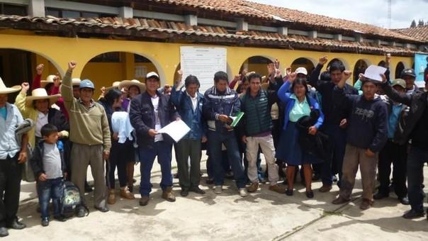 Padres reclaman profesores Huamachuco