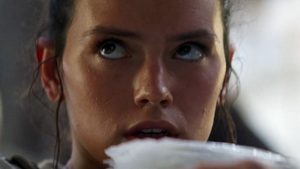 Daisy Ridley en Star Wars: The Force Awakens