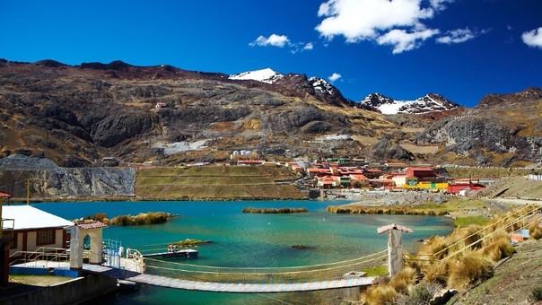 Dirigentes y autoridades aducen que minera no realiza proyectos de envergadura.