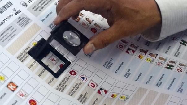 Cédulas de votación pasan por sofisticado proceso.