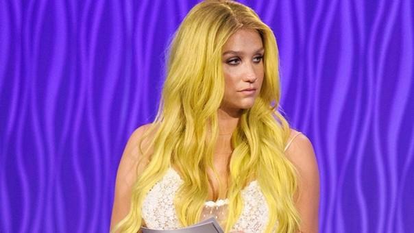 Kesha asegura que le han exigido una disculpa pública