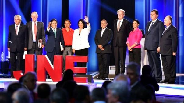 The Economist calificó de una farsa peligrosa la elección presidencial en el Perú.