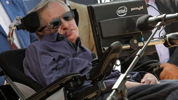 Stephen Hawking supera el millón de seguidores en el Twitter chino en 8 horas