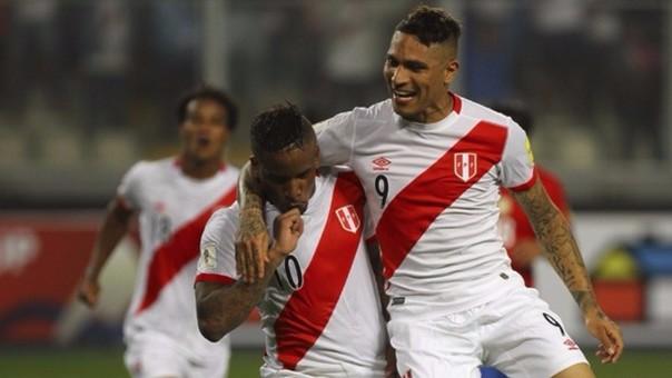 Paolo Guerrero y Jefferson Farfán son jugadores para Boca Juniors, según Nolberto Solano