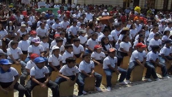 Segundo Festival del Cajón Peruano en la ciudad de Chiclayo.