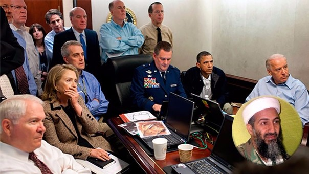 Barack Obama en la Sala de Situaciones de la Casa Blanca siguiendo paso a paso a los Navy Seals en Pakistán.