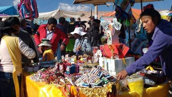 En Alasitas se venden productos en miniatura de acuerdo al deseo de las personas