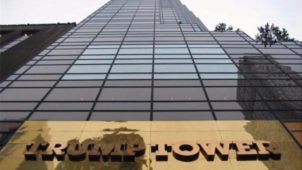 La Trump Tower, símbolo del poder del empresario, fue inaugurada en 1982 en Nueva York.