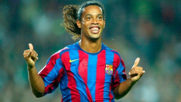 Ronaldinho Gaúcho logró campeonar la Champions League con el Barcelona.