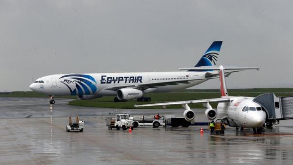Hallan la caja negra del avión de Egypt Air