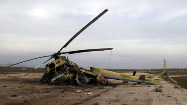 Estado Islámico ataca base aérea en Siria y destruye varios helicópteros rusos