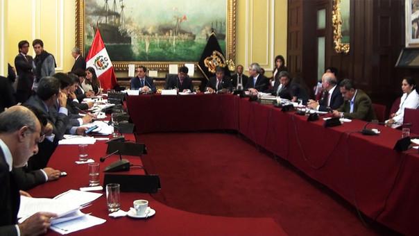 Comisión de Presupuesto aprobó reorientar S/ 2850 millones a proyectos de inversión pública.
