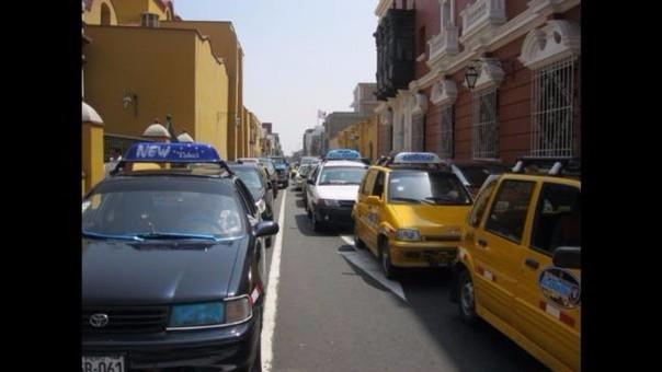 Trujillo: denuncian caos y congestión vehicular en Centro Histórico