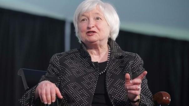 La presidenta de la Reserva Federal (Fed), Janet Yellen, indicó hoy que si se mantiene el repunte económico