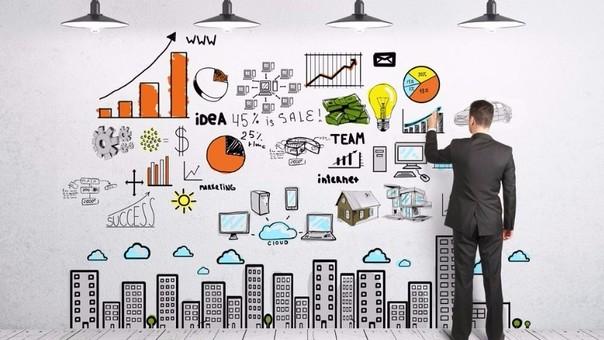 Debes de saber potenciar tu negocio en base a los elementos precio, producto, plaza y promoción.