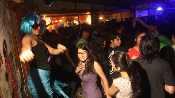 Más de 1 millón 30 mil jóvenes peruanos ni trabajan ni estudian