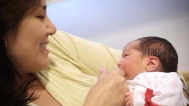 Así son los descansos por maternidad en el Perú
