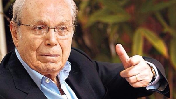 Javier Pérez de Cuéllar acudió a votar a los 96 años