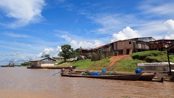 Kuczynski creció en San Pablo, Iquitos, donde su padre dirigió el Leprosario