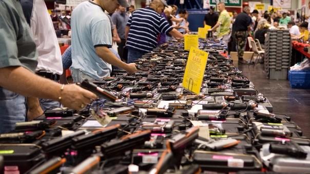 A pesar del tiroteo en Orlando, las empresas fabricantes de armas multiplicaron sus acciones en Wall Street