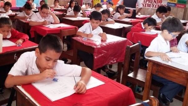 Cambiarán sistema de evaluación en colegios de Lambayeque.