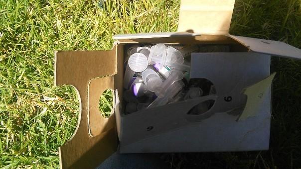 Residuos hospitalarios cerca de colegio en Pasco.