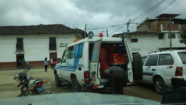 Ambulancia con cajas de cerveza