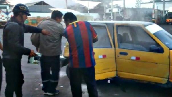 Taxi tico incendio