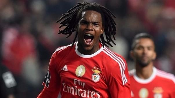 En la liga portuguesa jugó 24 partidos (solo dos no fue titular). Convirtió 2 goles.