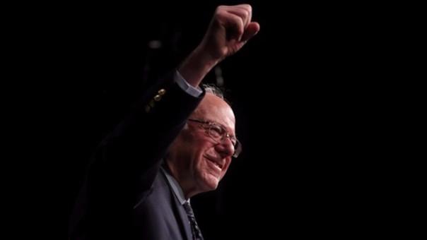 El senador de Vermont Bernie Sanders pide un cambio verdadero en la política económica global.