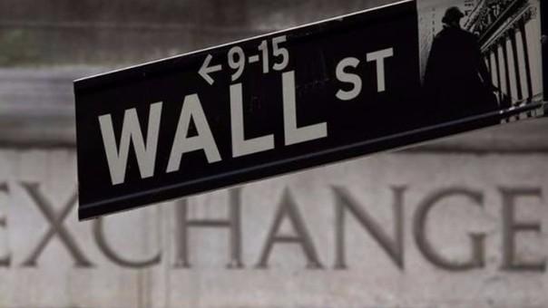 Bernie Sanders dijo que el modelo de negocios de Wall Street se encuentra también en el centro de la desigualdad de los ingresos en Estados Unidos.