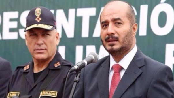 Ministro del Interior irá al Congreso por compra de patrulleros