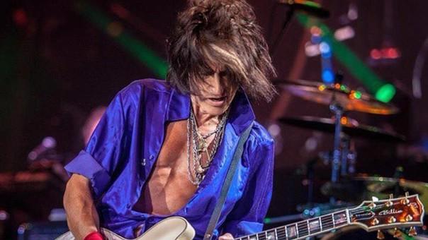 Aerosmith: Joe Perry se desplomó durante concierto