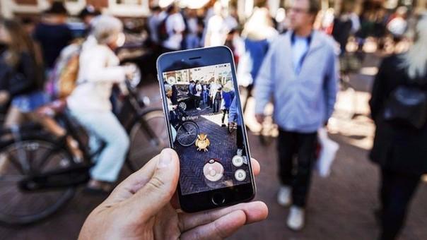 Pokémon Go se ha convertido en el mayor videojuego para móviles en la historia de EE.UU, con unos 21 millones de usuarios activos diarios, según un informe divulgado por la firma de análisis SurveyMonkey.