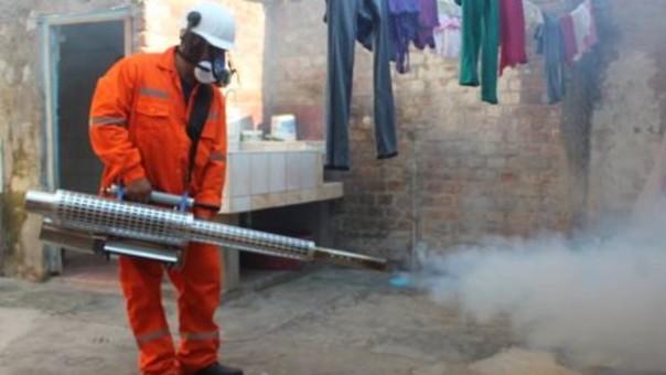 Trabajo de fumigación