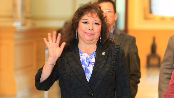 Celia Anicama renunció al Partido Nacionalista tras el escándalo que le valió el apelativo de 'Roba Cable'. Postuló a la reelección por el partido de Gregorio Santos en Ica, pero no consiguió una curul.