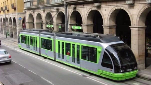 El tren Ligero de Arequipa tendrá una capacidad de 200 personas por cada unidad y será parecido a este.