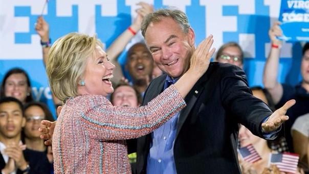 HIllary Clinton eleigió a Michael Pence, quien ha sido descrito como un