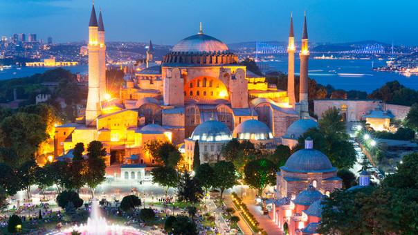 Turismo en Turquía cae 40% a causa de atentados del Estado Islámico