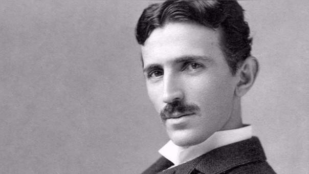 Nikola Tesla nació en el entonces imperio Austro-Húngaro y se nacionalizó estadounidense.