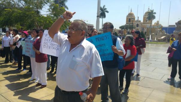 Protesta trabajadores de salud