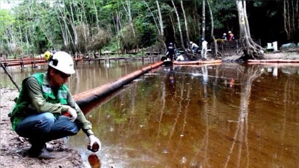 Reportan nuevo derrame de petróleo, esta vez en el distrito de Urarinas.