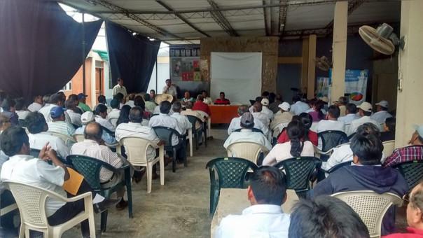 reunión de agricultores