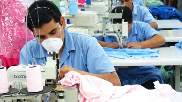 SNI: Sector textil confecciones genera 400 mil puestos de trabajo directo.