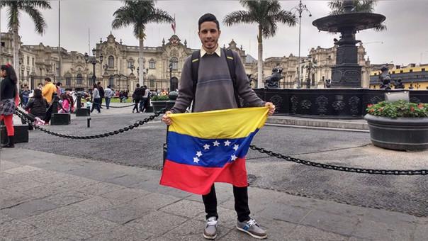 Samid Rivero, el día que conoció la Plaza de Armas de Lima.
