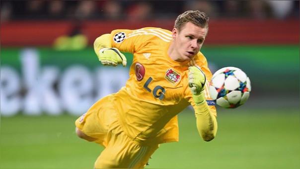 Bernd Leno debutó en el fútbol con el VfB Stuttgart y ahora milita en el Bayer Leverkusen desde el 2011.