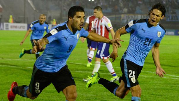 Resultado de imagen para uruguay vs paraguay eliminatorias 2018 foto