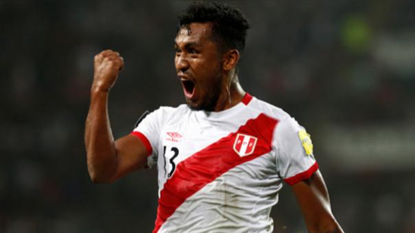 Renato Tapia (21 años) es el futbolista más joven que jugó en el partido contra Ecuador.