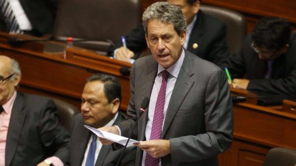 El ministro de Economía, Alfredo Thorne, aseguró que el proyecto de presupuesto del 2017 pone énfasis en las regiones.